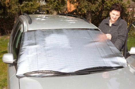 Személygépkocsi alu-szélvédő, hő és fagy védő fólia. 150/200 x 80 cm