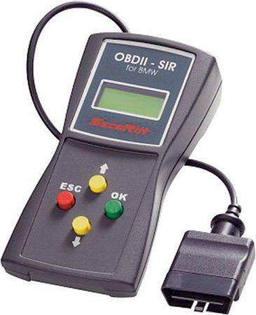 Secorüt BMW szerviz berendezés diagnózis aljzathoz a motortérben is.