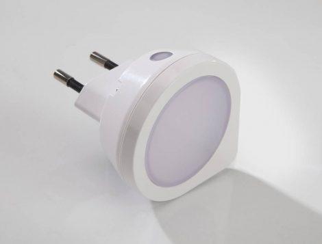 Wetelux LED konnektor éjszakai fény, fényérzékelővel