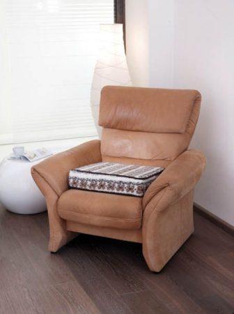 GARANTIA komfort ülőpárna / segítség a felállásban, színe: mintás.