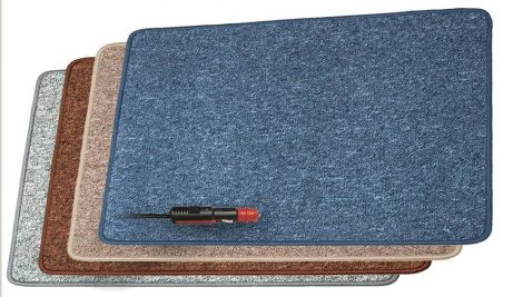 Fűthető szőnyeg 12 V kb. 70 W - 60 x 100 cm - Sötétbarna színben.