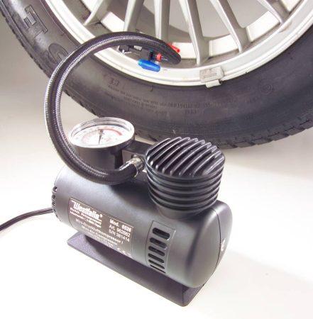 Mini sűrített levegő kompresszor 12 V-os, max. 17 bar / 250 PSi